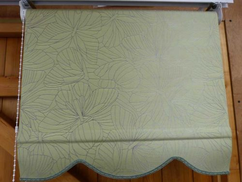 roller blind butterflies green